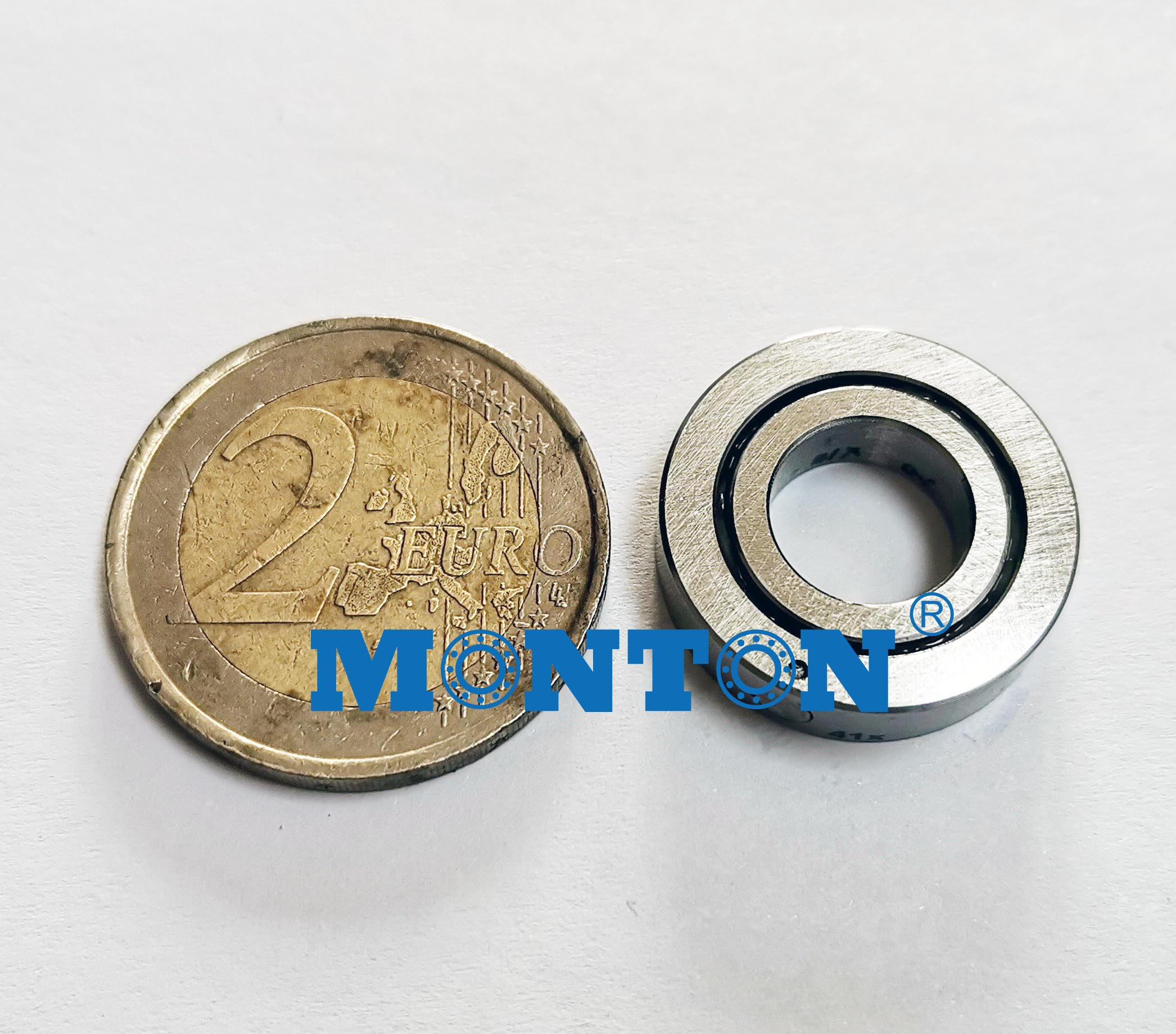 CRBT105A Super Slim Crossed Roller Bearings for Compact Hand Robot